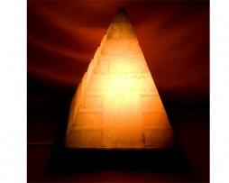 Lámpara de sal de los Himalayas en forma de piramide