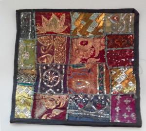 cojín india patchwork negro