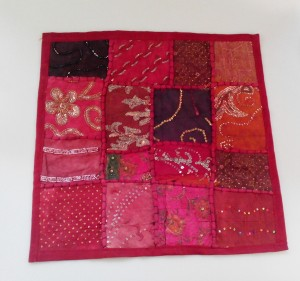 cojin india patchwork granate
