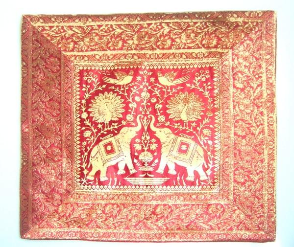 Coj n de india elefantes color granate decoraci n y artesan a rabe - Cojines indios ...