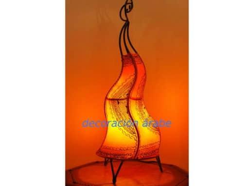 lámpara marroquí. piel forja
