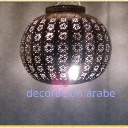 Lámpara marroquí con forma de esfera y celosia