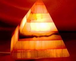 Lámpara onix piramidal