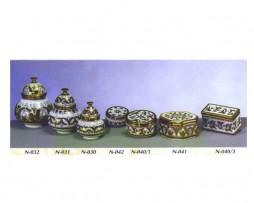 Bomboneras y cajitas de cerámica nazarí