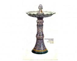 Fuente de cerámica árabe andalusí grande