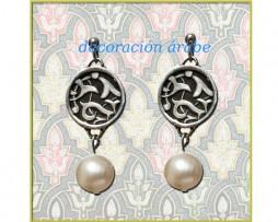Pendientes flor de la Alhambra de plata de ley y perla