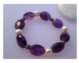 Pulsera étnica de perlas cultivadas y amatistas facetadas