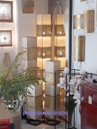 lámpara diseño nŕdico de suelo
