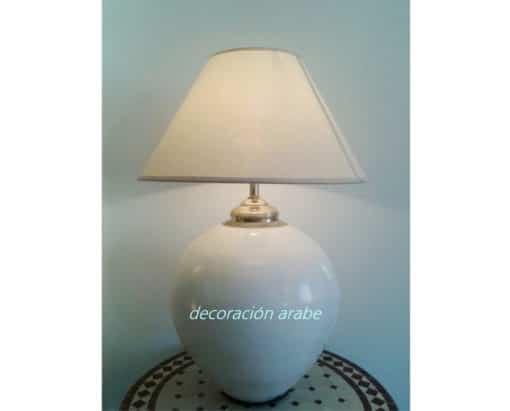 lámpara de mesa blanca marroquí
