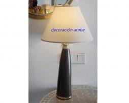 lámpara árabe mesa negra