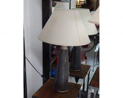 lámpara de mesa árabe gris