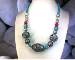 collar tibetano étnico, plata, turquesas y coral