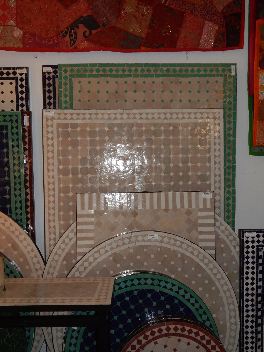 Mesa marroqu mosaico rectangular con patas de forja for Mosaico marroqui