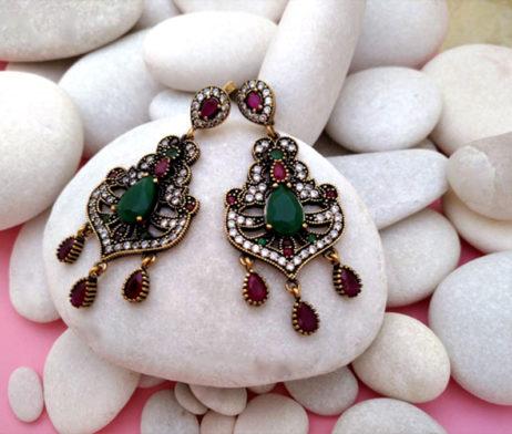 pendientes turcos gemas