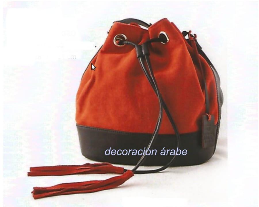 mochila de mujer piel rojo negro