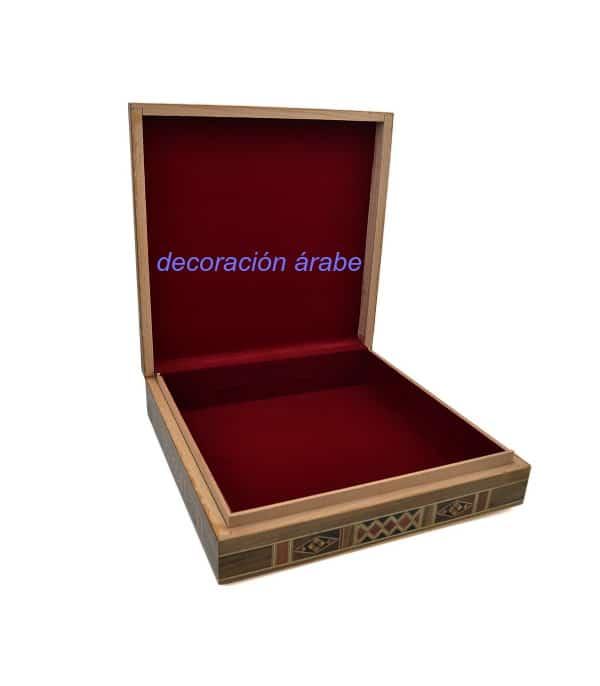 caja taracea siria