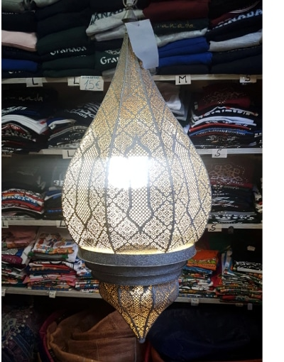 lámpara colgante blanca India